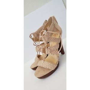 Jessica Simpson Brown High Heels New Size 9 1/2